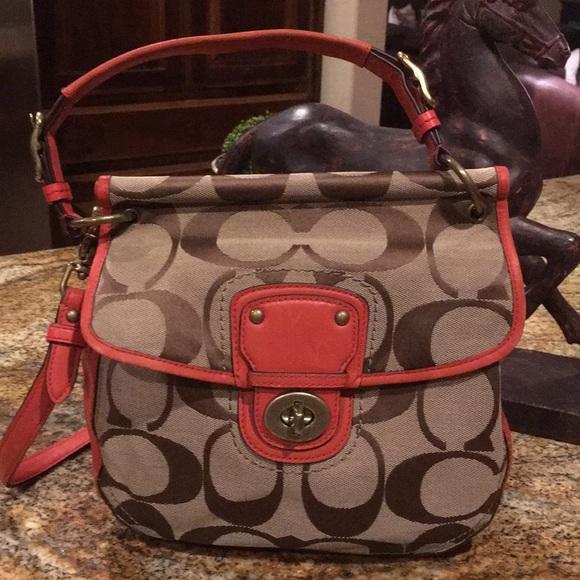 Coach Handbags - 💜Coach purse ❤️